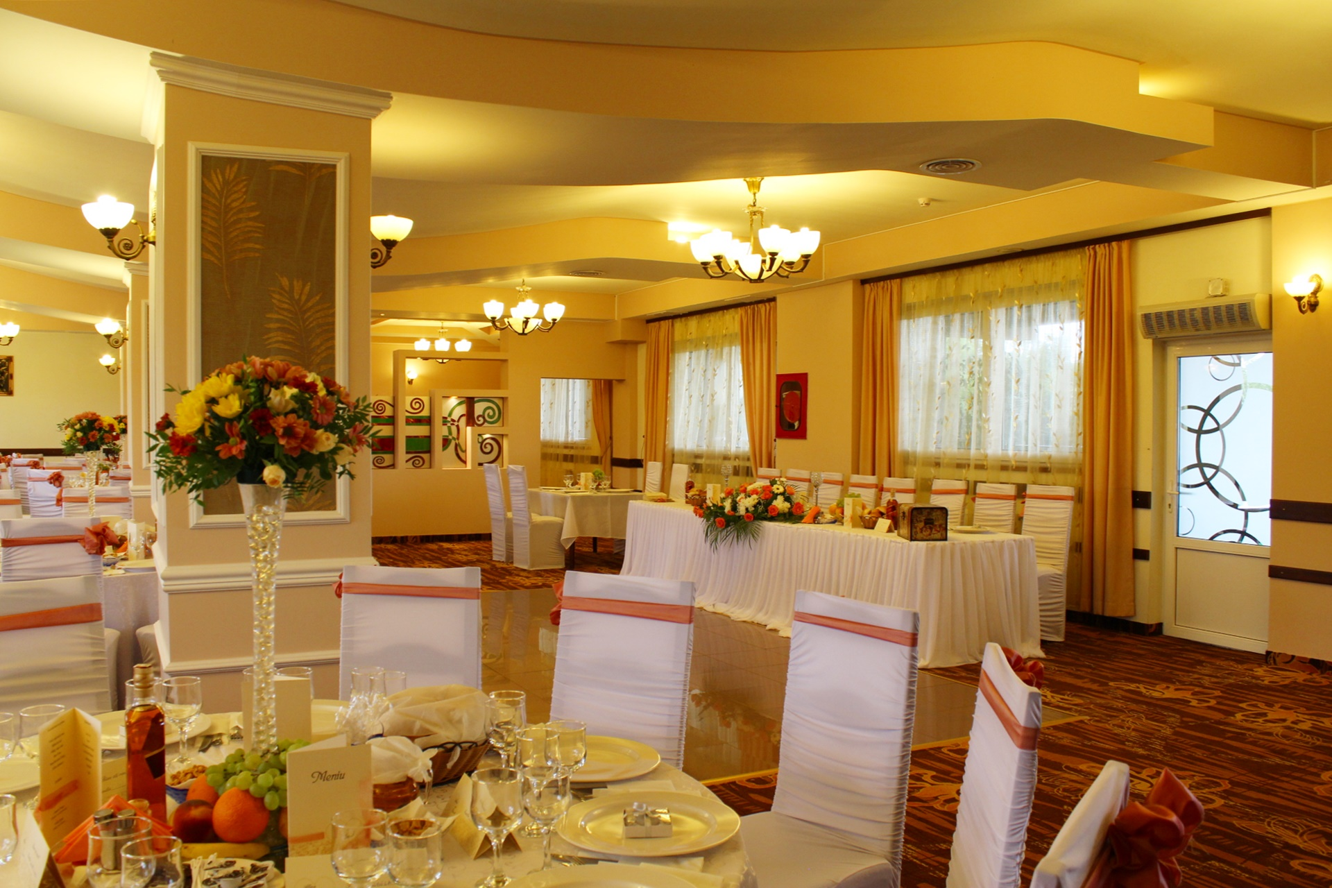 Sala-Panoramic-Restaurant-Parc-5.jpg